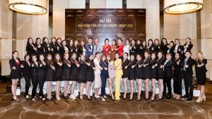 Read more about the article ĐẠI HỘI NHÀ PHÂN PHỐI CẤP CAO QUEENIE GROUP QUÝ I/2020