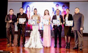 """Read more about the article CEO Queenie Group vinh dự nhận giải thưởng """"Doanh nhân xuất sắc Châu Á – Thái Bình Dương 2018"""""""
